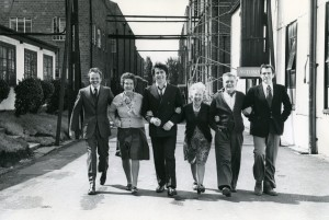 A photograph of the cast of In Celebration reunited for 1974s film adaptation.